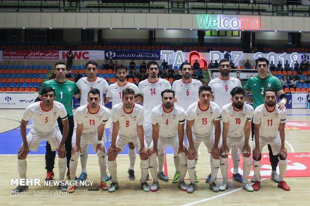 توقف تیم ملی فوتسال ایران مقابل ژاپن