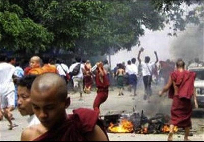 مالزی خواستار انتها جنایت بودایی ها علیه مسلمانان میانمار شد