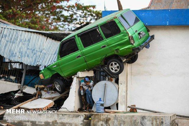 شمار قربانیان زلزله و سونامی اندونزی به 1571 نفر رسید