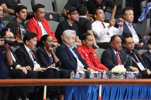 حضور رئیس جمهور اندونزی در سالن تکواندو و ایجاد جو امنیتی