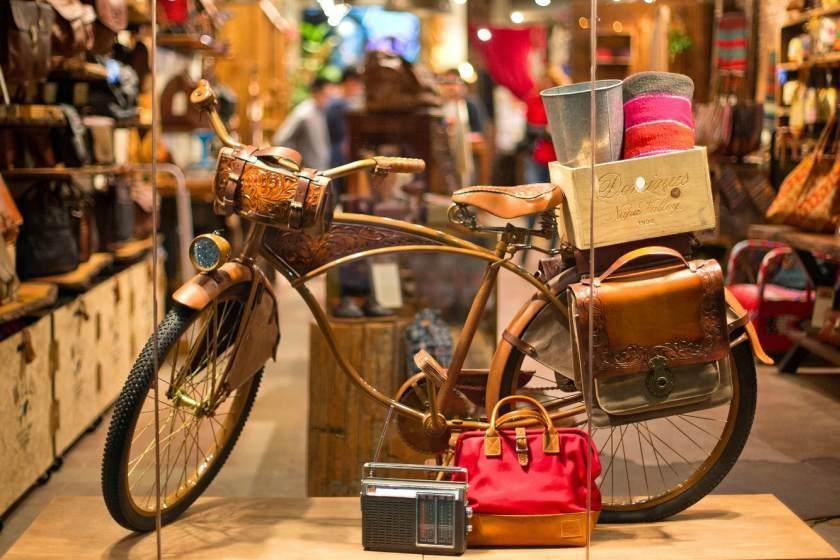 مراکز خرید ونیز، خرید لوکس از فروشگاه های مدرن