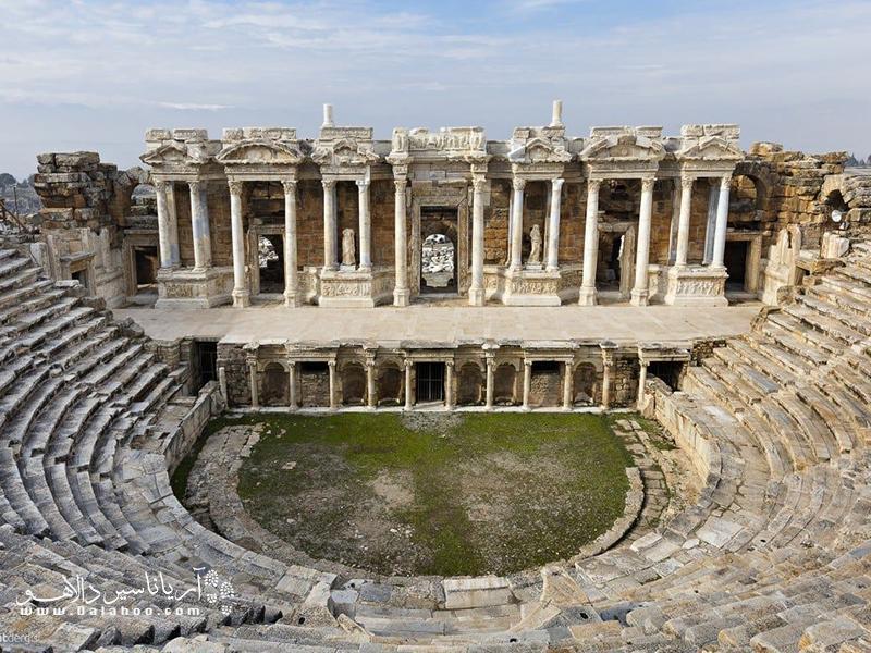 قلعه ای برفی و شهری باستانی در ترکیه