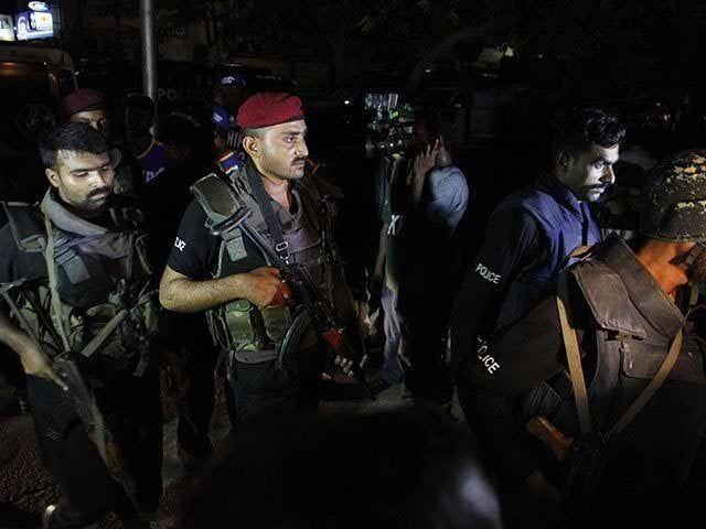 خبرنگاران 4 تروریست شاخه شبه قاره القاعده در کراچی بازداشت شدند