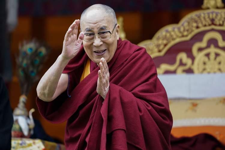انتشارات هری پاتر امتیاز کتاب دالایی لاما را گرفت