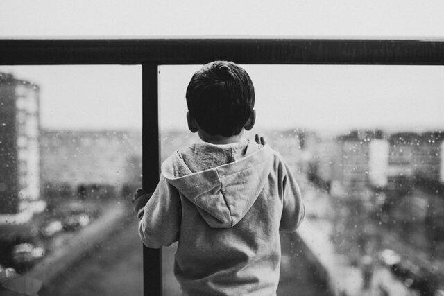 به سوالات بچه ها درباره خودکشی چگونه پاسخ دهیم؟