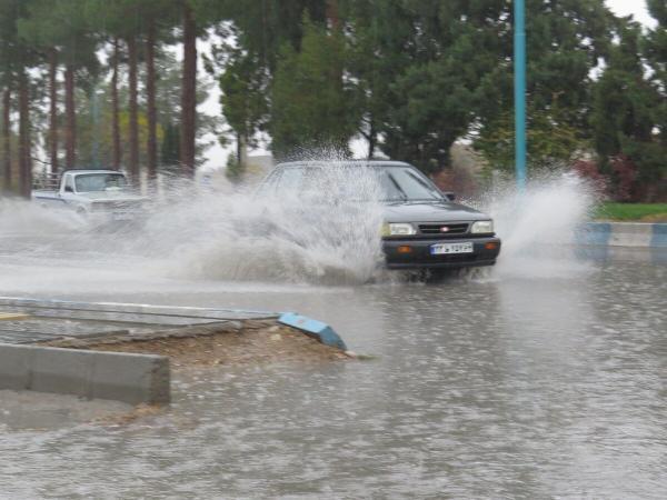 خبرنگاران بارش های استان مرکزی 6 و یک دهم درصد از میانگین بلند مدت کمتر است